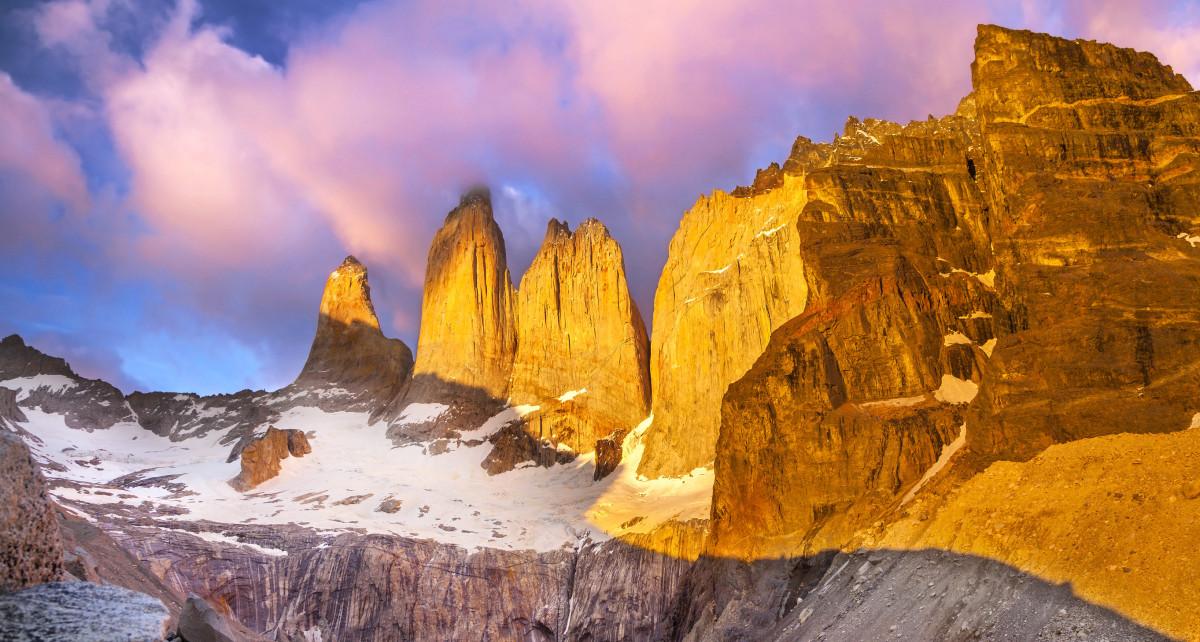 Torres del Paine National Park, Patagonia, Chile © Maciej Bledowski   Dreamstime