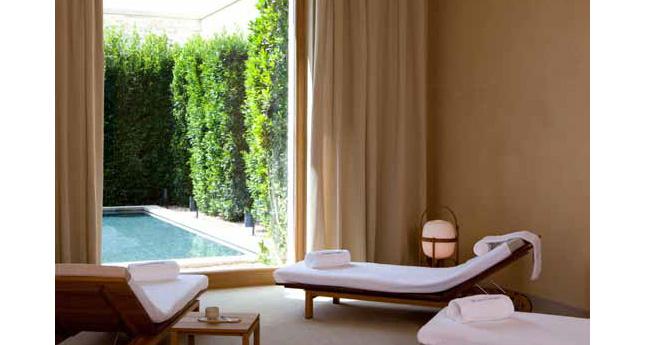 Spa relaxation area, LeDomaine