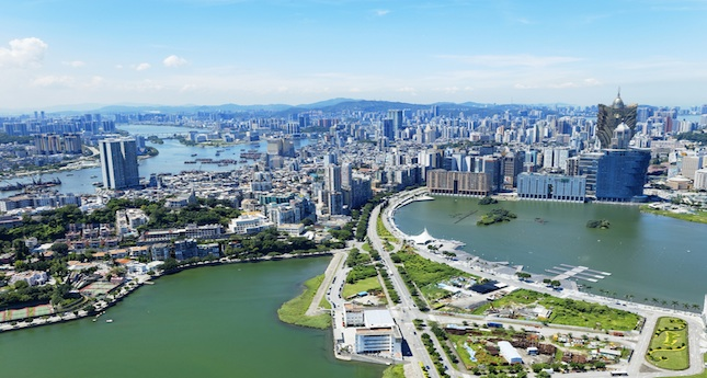World s most expensive hotel opening in macau for Most expensive hotel in macau