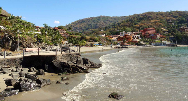 Playa la Ropa, Zihuatanejo