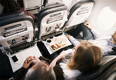 Cabin experience © ALASKA AIRLINES
