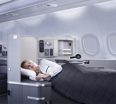 Lie-flat seat © AMERICAN AIRLINES