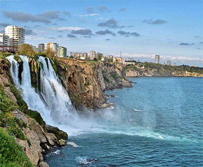Düden Waterfall © THE MINISTRY OF CULTURE AND TOURISM OF THE REPUBLIC OF TURKEY