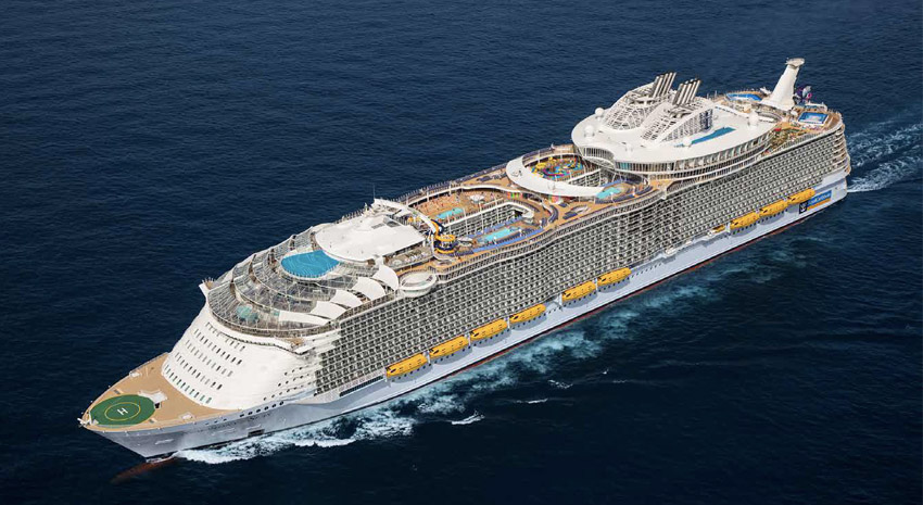 Royal Caribbean's Symphony of the Seas, AquaTheater, Royal Promenade and Ultimate Abyss PHOTOS: © ROYAL CARRIBBEAN