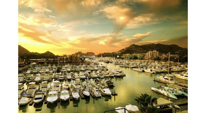 Cabo San Lucas Marina © LOS CABOS TOURISM