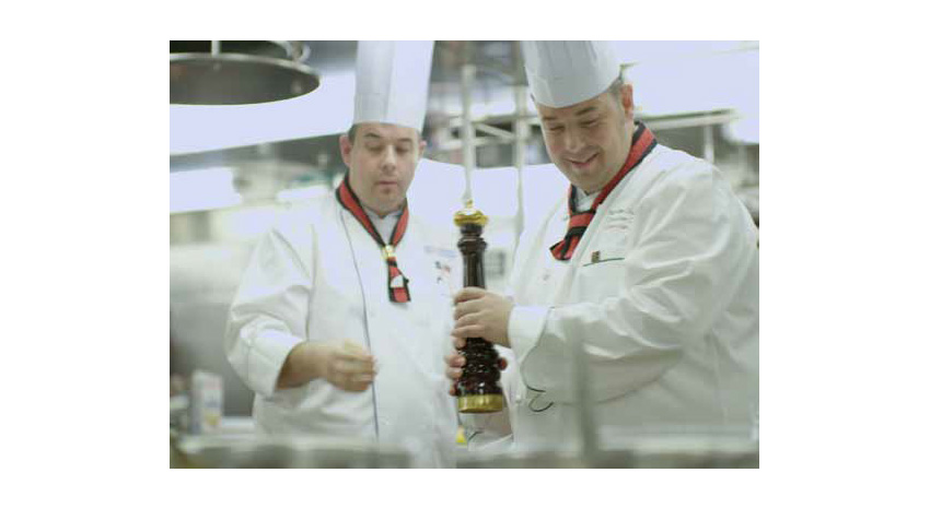 Queen Mary 2 chefs