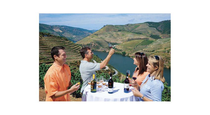 AmaWaterways' Sandeman Wine Tasting in Douro, Portugal © AMAWATERWAYS