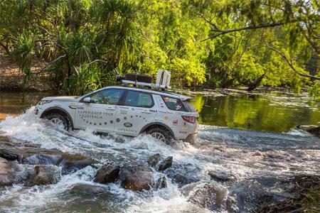 Off-road Land Rover tour in Australia