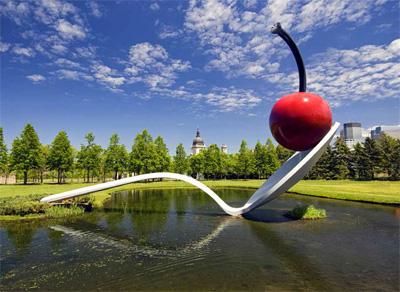 Minneapolis Sculpture Garden's centerpiece, Spoonbridge and Cherry fountain