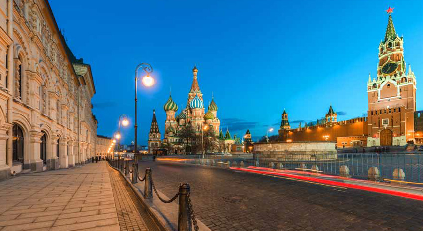 St. Basil's Cathedral and Spasskaya Tower in the twilight