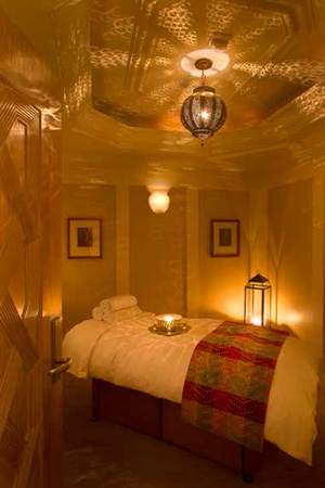 Treatment room © MONTAGE BEVERLY HILLS