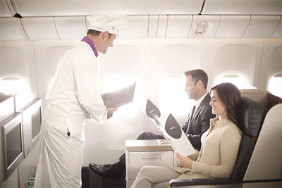 Turkish Airlines business-class travelers and chef © TURKISH AIRLINES