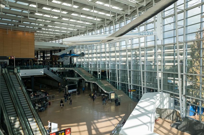 Seattle Tacoma Airport © Valentin Armianu | Dreamstime.com