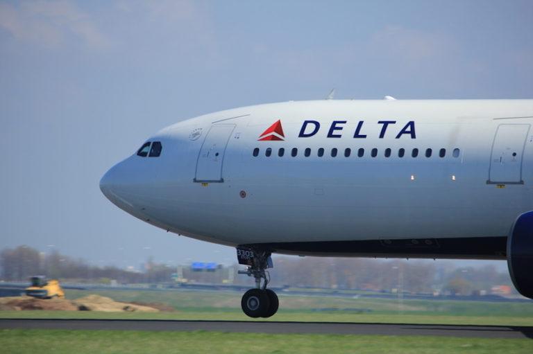 Delta Air Lines © Studioportosabbia   Dreamstime.com