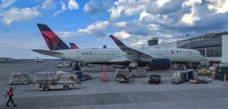 Delta Air Lines at Atlanta Airport © Luke Wendling | Dreamstime.com