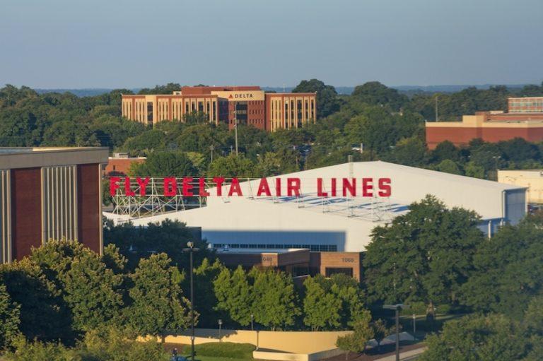 Delta Air Lines © Darryl Brooks | Dreamstime.com